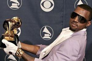 Kayne West lên mạng tẩy chay Grammys nhưng vẫn âm thầm nộp đề cử và còn thắng giải