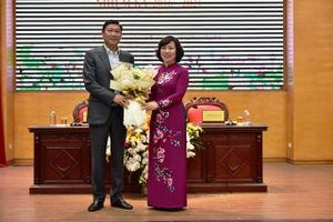 Miễn nhiệm chức danh Chủ tịch HĐND quận Tây Hồ đối với ông Đỗ Anh Tuấn
