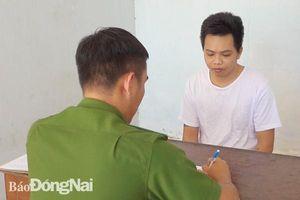 Huyện Định Quán: Bắt khẩn cấp 2 đối tượng cưỡng đoạt tài sản