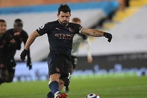Barca tiến gần thỏa thuận chiêu mộ Aguero theo dạng tự do