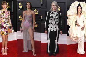 Cận cảnh những bộ trang phục từ đẹp mắt đến 'độc dị' tại thảm đỏ Grammy 2021
