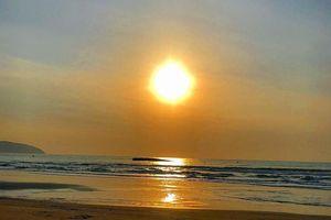 Chủ tịch Bình Thuận chỉ đạo ứng phó tràn dầu biển Mũi Né