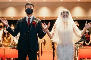 Mùa cưới ảm đạm của các đôi trẻ Hong Kong