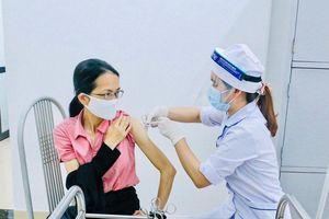 Quận Thanh Xuân: 165 đối tượng ưu tiên được tiêm vaccine phòng Covid-19
