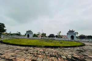 Hà Tĩnh: Văn Miếu hơn 70 tỷ đồng không có đường đi