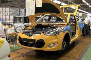 Ngành ô tô Hàn Quốc quay cuồng với cuộc chiến trụ hạng