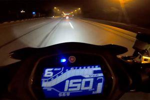 'Quái xế' phóng 'bạt mạng' 150km/h trên đường Võ Nguyên Giáp