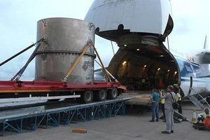 Nga đã giơ 'chiếc búa Uranium'