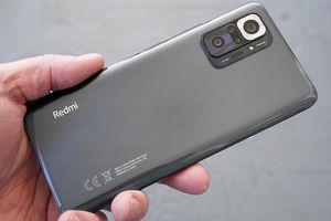 Cận cảnh cặp đôi smartphone giá rẻ camera 'siêu khủng'