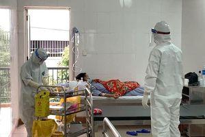 Việt Nam hiện có 2 bệnh nhân COVID-19 rất nặng ở Hà Nội và Đà Nẵng