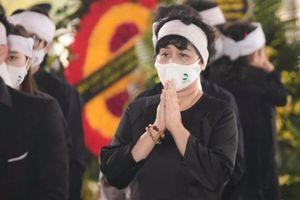 Showbiz 18/3: Sao Việt động viên NSND Minh Hằng vượt qua nỗi đau mất chồng