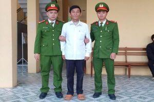 Quảng Bình: Bắt đối tượng làm giả bằng khen, huân huy chương của Nhà nước