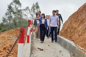Phó Chủ tịch Thường trực HĐND tỉnh khảo sát thực tế một số dự án trọng điểm tại Hải Hà, Tiên Yên