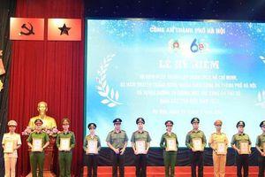 Công an thành phố Hà Nội biểu dương các gương mặt trẻ tiêu biểu năm 2020