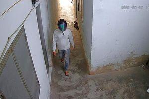 'Lật mặt' gã đạo chích giấu mặt trong chiếc mũ bảo hiểm phản quang