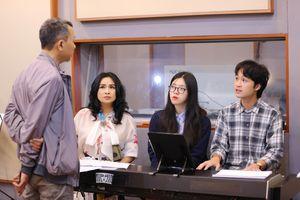 Thanh Lam và các con hát tri ân y bác sĩ