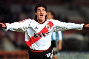 Chú lừa bé nhỏ của River Plate