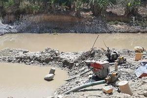 Công an huyện Đak Đoa triệt xóa 2 bãi khai thác vàng trái phép