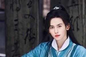 Trương Triết Hạn bao năm dưới trướng Vu Chính bị lãng quên, về với Triệu Vy liền lên đời