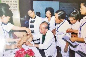 GS Nguyễn Tài Thu: Tận tâm, tận hiến