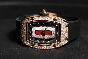 9 mẫu đồng hồ sang trọng dành cho nữ