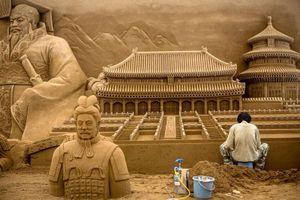 Ngắm những tác phẩm điêu khắc tuyệt đẹp làm từ cát