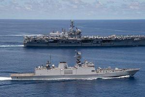 Hải quân Trung Quốc 'khoe' cơ bắp; Mỹ cam kết sát cánh cùng Ấn Độ