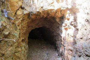 Đà Nẵng tiếp tục đánh sập các hầm vàng trái phép ở rừng Cà Nhông