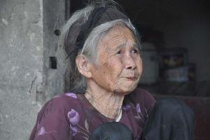 Cụ bà từ chối nhà mới để nhường cho người nghèo hơn