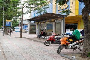 Bắt 2 tên cướp tại điểm chờ xe buýt