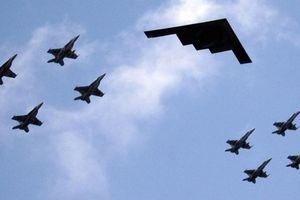 Mỹ đe dọa dùng máy bay ném bom B-1B và B-2 chống Nga