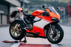 10 môtô tăng tốc nhanh nhất thế giới