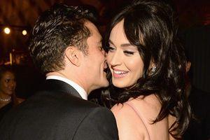 Orlando Bloom hạn chế âu yếm Katy Perry sau khi có con