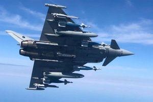 Tiêm kích Typhoon chứng minh mạnh hơn F-35