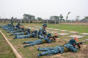 Tập trung nâng cao kỹ năng thực hành chiến đấu