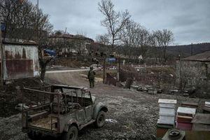 Kết thúc cuộc chiến tàn khốc tại Nagorno-Karabakh, Armenia dỡ bỏ thiết quân luật