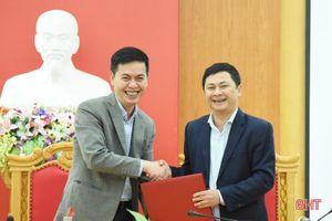 Phối hợp tổ chức tốt triển lãm tài liệu lưu trữ nhân kỷ niệm 190 năm thành lập, 30 năm tái lập tỉnh Hà Tĩnh