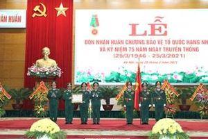 Cục Quân huấn đón nhận Huân chương bảo vệ Tổ quốc hạng Nhất