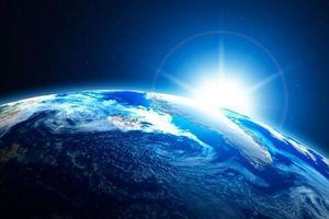 Tại sao Trái Đất có màu xanh khi nhìn từ vũ trụ?