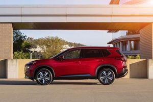 Nissan X-Trail 2021 sẽ được trang bị động cơ tăng áp nhằm tăng sức cạnh tranh với Mazda CX-5, Honda CR-V, Mitsubishi Outlander