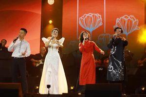 Nhiều ca sĩ hội tụ tại đêm nhạc Trịnh 'Hãy yêu nhau đi'