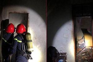 Giận bố mẹ, con trai châm lửa đốt nhà