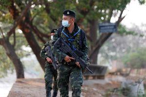 Các nước láng giềng thắt chặt kiểm soát, chặn người Myanmar vượt biên