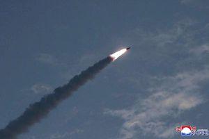 Phóng 2 quả tên lửa, Triều Tiên 'thử' phản ứng của Mỹ