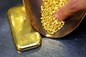 Giá vàng thế giới phiên 25/3 giảm khi lợi tức trái phiếu Mỹ tăng