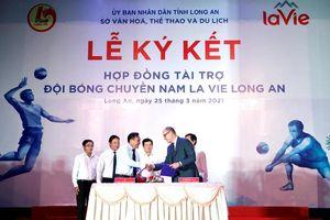 La Vie trở thành nhà tài trợ chính bóng chuyền nam Long An