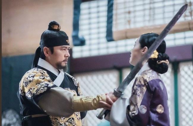 Trung Quốc đánh cắp văn hóa và khiến phim Hàn xuyên tạc lịch sử?