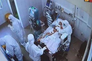 Chuyển bệnh nhân Covid-19 nặng nhất Đà Nẵng về TP HCM chữa bệnh nền