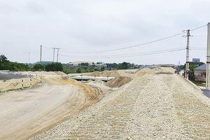 Sớm khắc phục tình trạng thiếu vật liệu xây dựng đường cao tốc Bắc - Nam