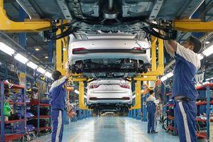 Thị trường ô tô đối mặt với nhiều thách thức